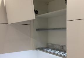 Кухня с фасадами из МДФ крашенный мат
