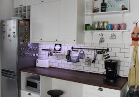 Кухня прямая с фасадами из МДФ